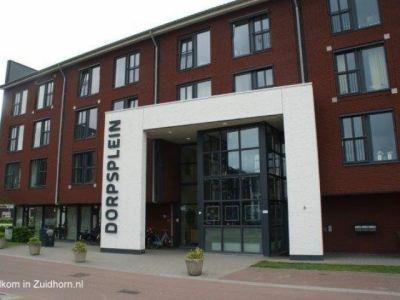 Zonnehuis-dorpsplein  large-640x480